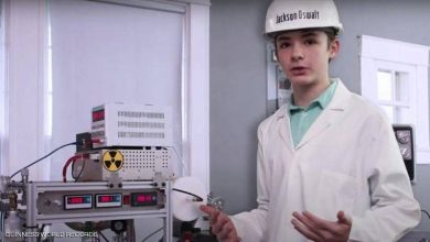 """صورة فيديو: طفل أميركي يبني """"مفاعلا نوويا"""" ويدخل موسوعة غينيس"""