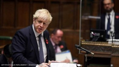 صورة فيديو محرج.. رئيس وزراء بريطانيا يخطئ في وصف ترامب