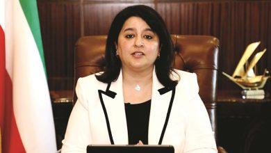 صورة وزيرة الأشغال توقع عقد صيانة أجهزة الألياف الضوئية Fiber Optics