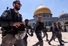 صورة قوات الاحتلال تقتحم باحات المسجد الأقصى وتقمع وقفة منددة بالإساءة للنبي محمد