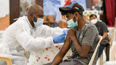"""صورة """"صحة دبي"""" توفر جرعة ثالثة من فايزر لأصحاب الأمراض المناعية"""